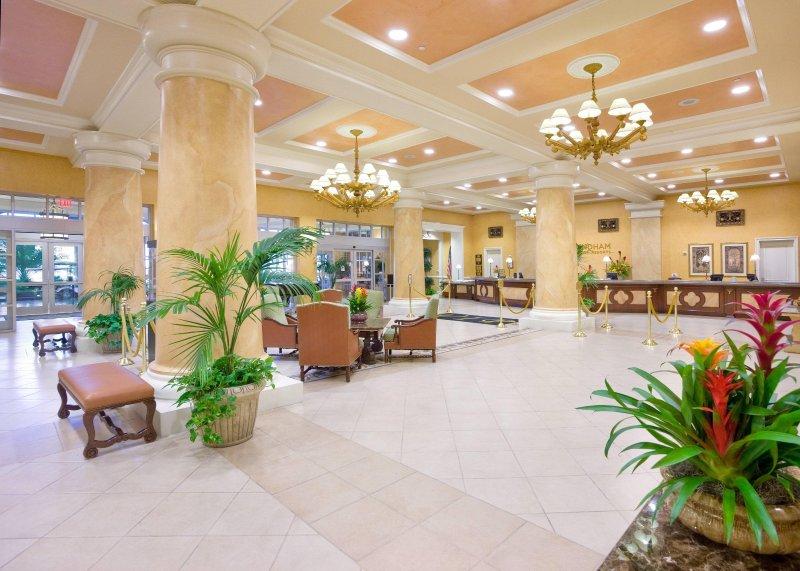 Wyndham Grand Desert lobby