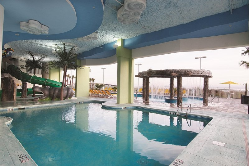 Wyndham Vacation Resort Towers on the Grove indoor pool