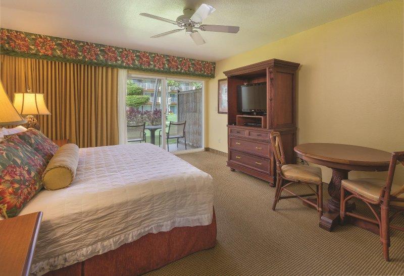 Kauai Coast Resort at the Beachboy bedroom
