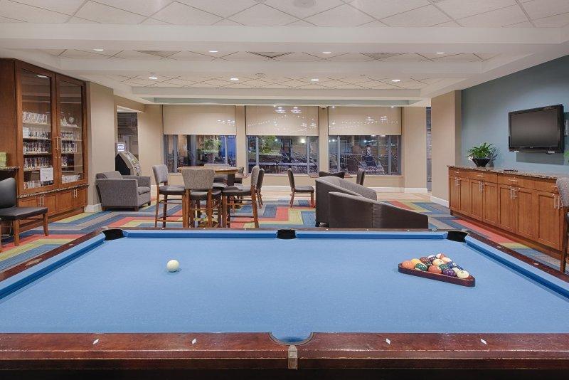 Wyndham Vacation Resorts At National Harbor gameroom
