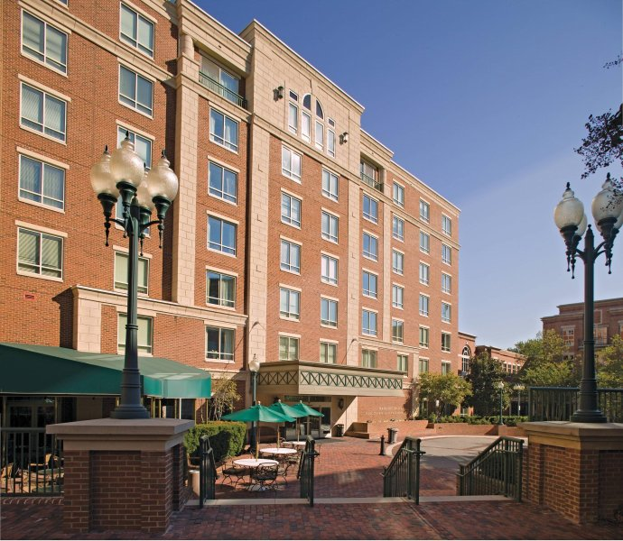Wyndham Old Town Alexandria property