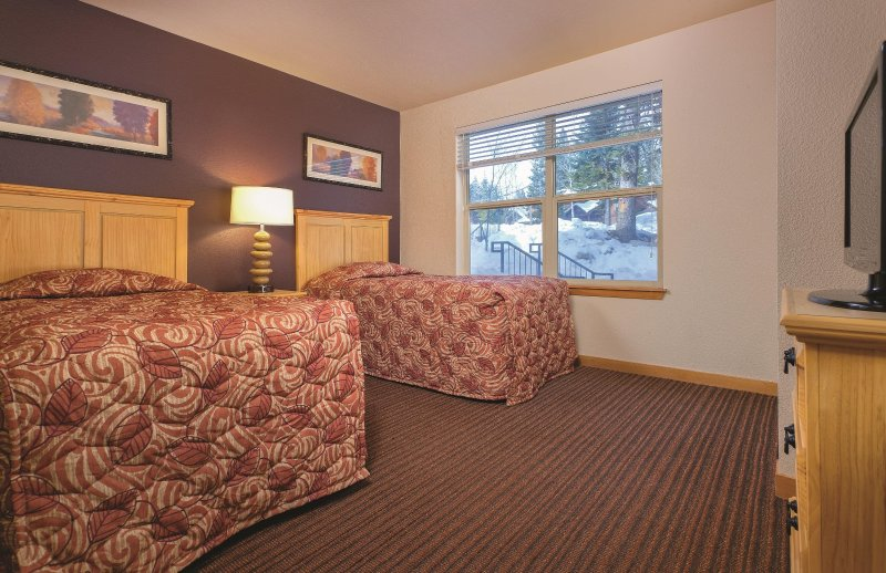 WorldMark McCall bedroom