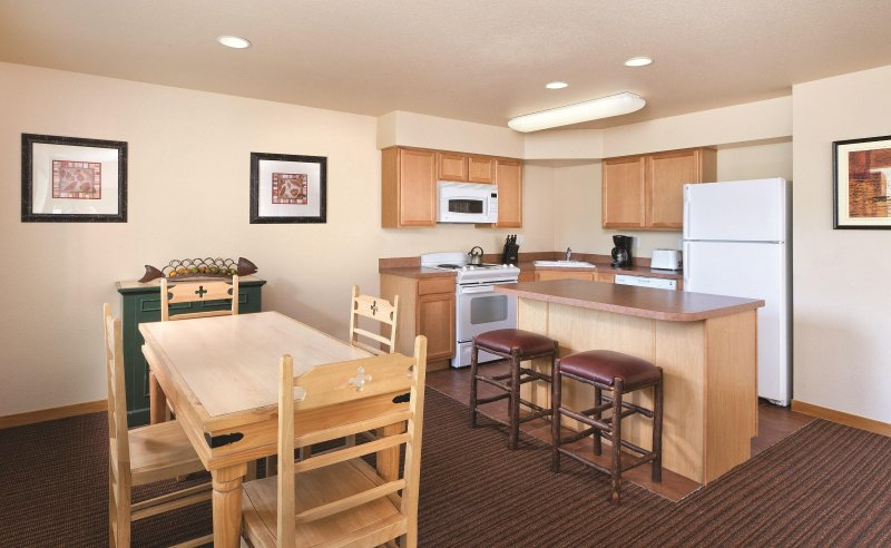 WorldMark McCall dining area