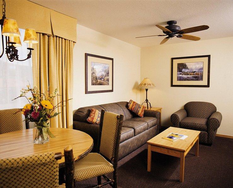 Wyndham Durango living room