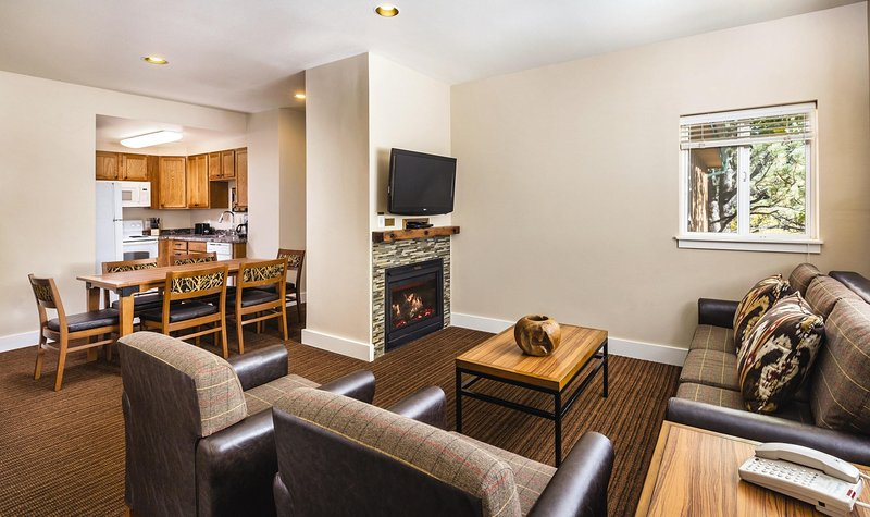 WorldMark Estes Park living room