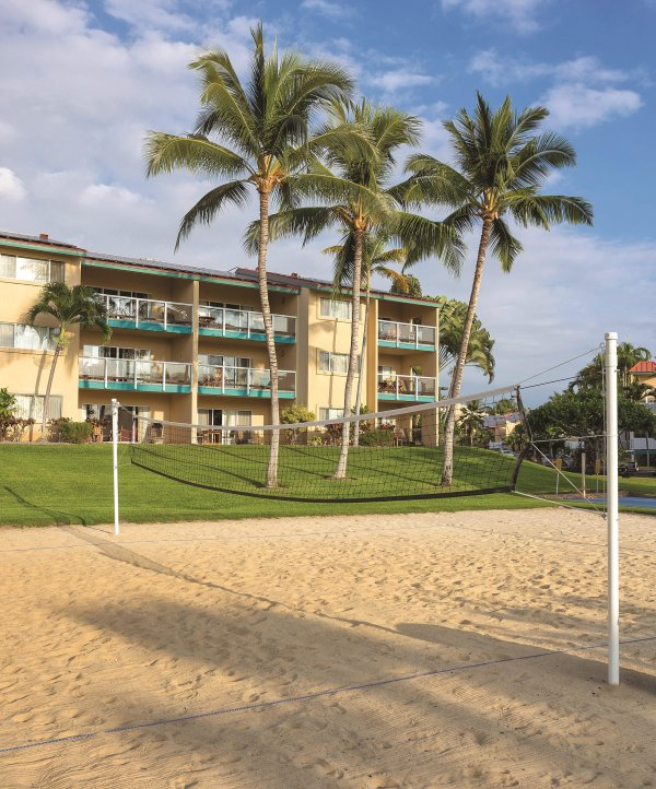 Kona Coast Resort volleyball court