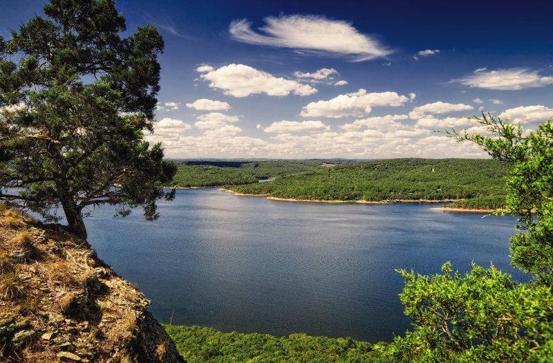 Wyndham Resort at Fairfield Bay lake view
