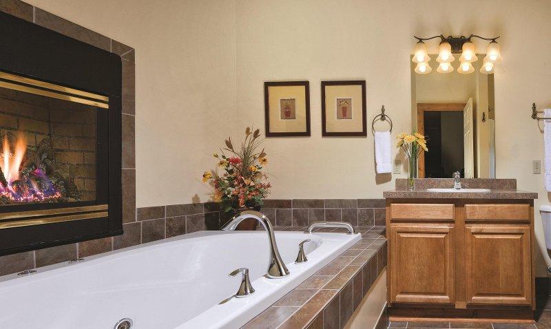 WorldMark Galena bathroom