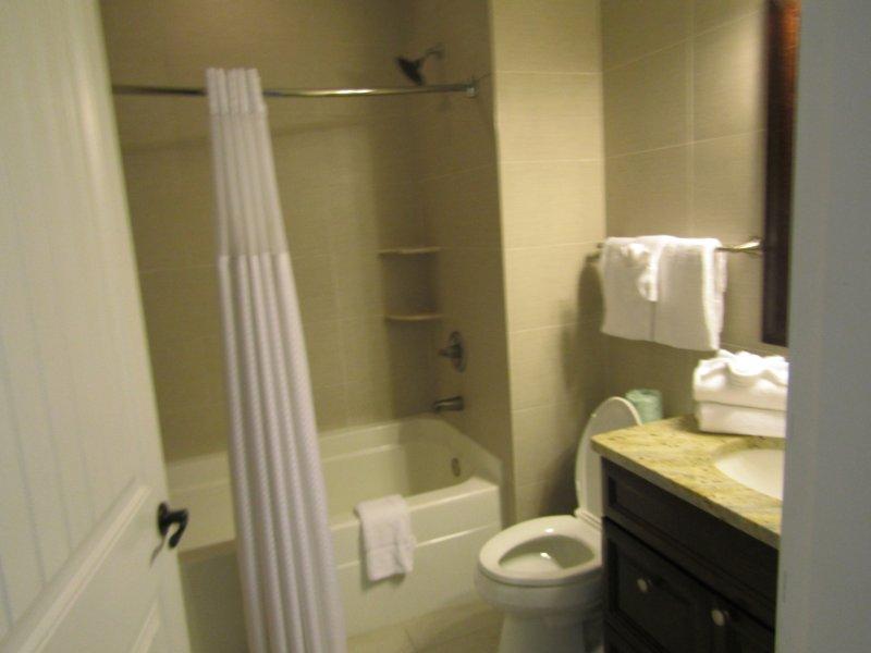 In-suite badkamer die is in de slaapkamers 2 & 3
