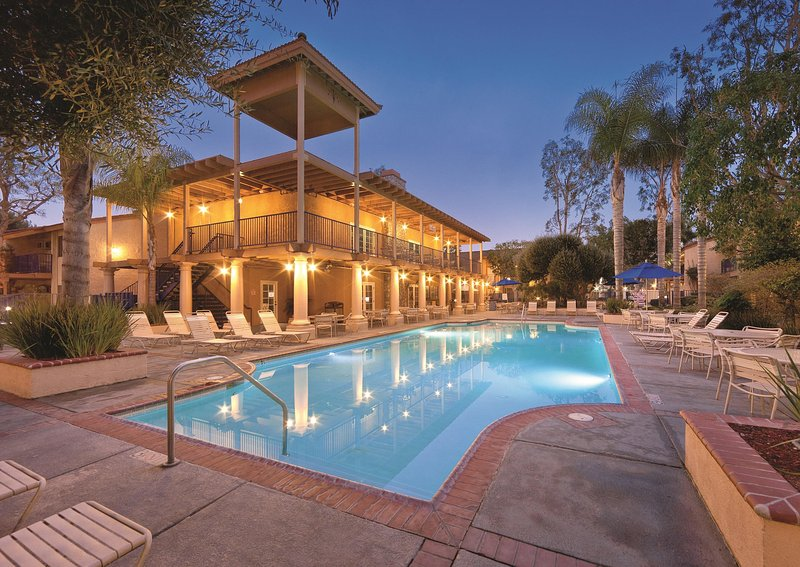 Dolphin's Cove Resort outdoor pool