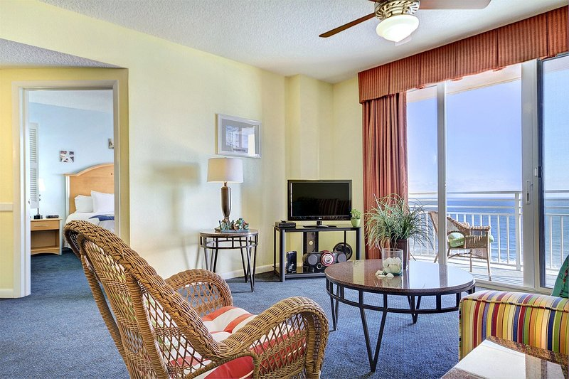 Wyndham Ocean Walk living room