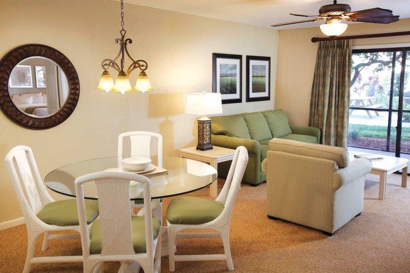 Orlando International Resort Club WVR living room