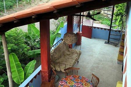 3e verdieping uitzicht op het terras op de 2e verdieping