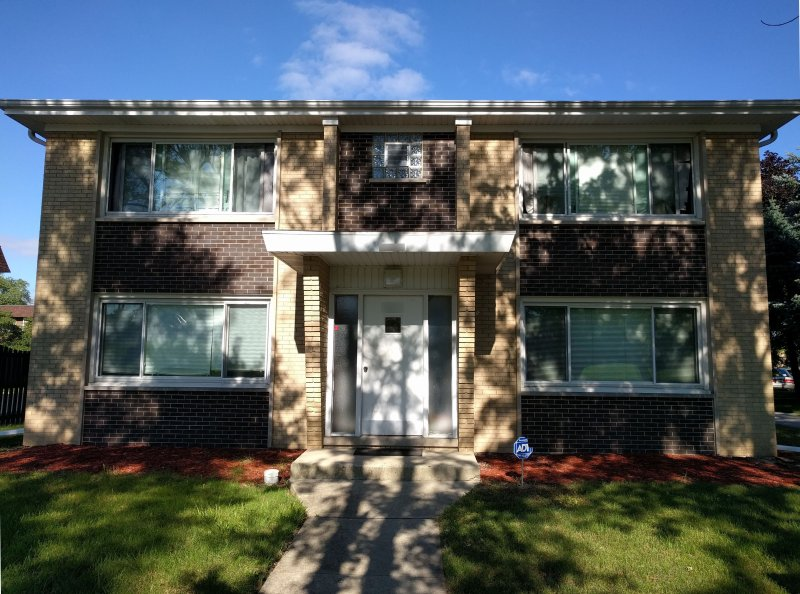 Full modern 2BR apmt in home sweet Homewood, vacation rental in Merrillville