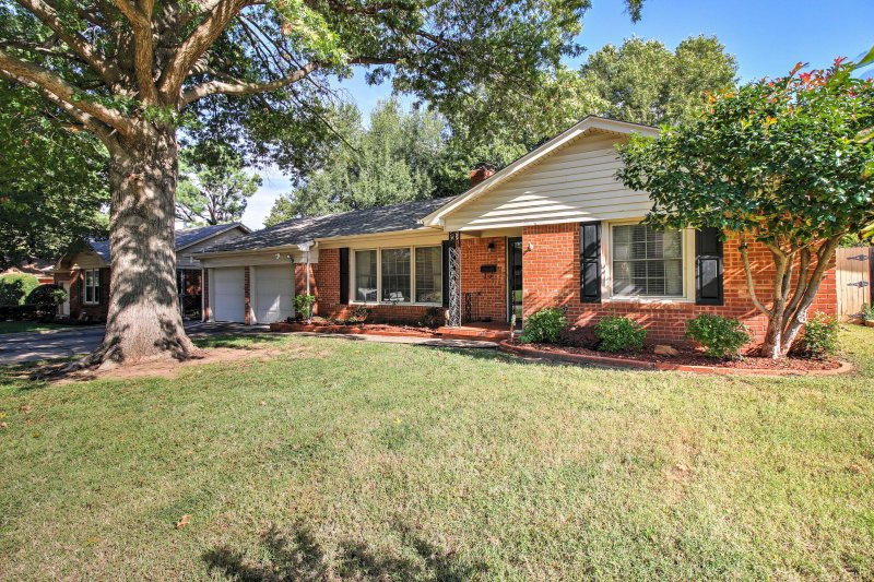 Escape to this elegant 2-bedroom, 2.5-bathroom vacation rental house for the ultimate Oklahoma City getaway!