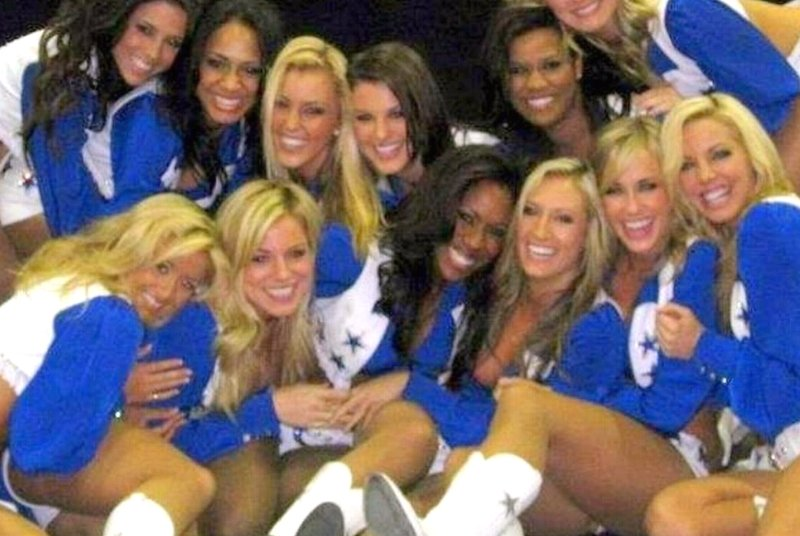 Close bonds form while being a Dallas Cowboys Cheerleader.