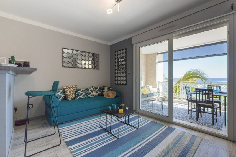 Petrel White, apartment facing the Indian Ocean