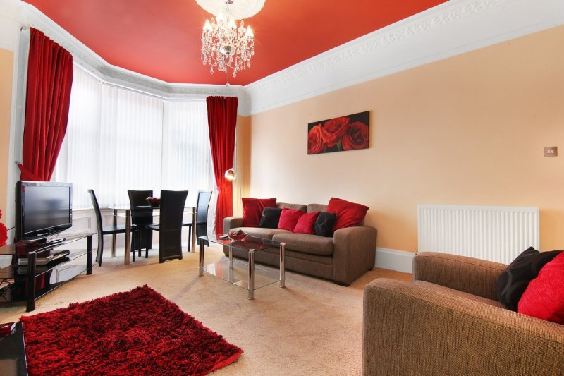 Townhead Apartments, Nr Glasgow Airport, Ferienwohnung in Paisley