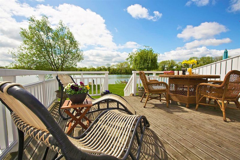 Caterina Lake Lodge, vacation rental in South Cerney