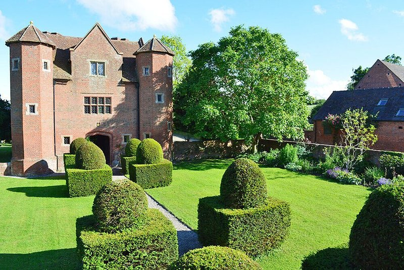 The Gatehouse, holiday rental in Stottesdon