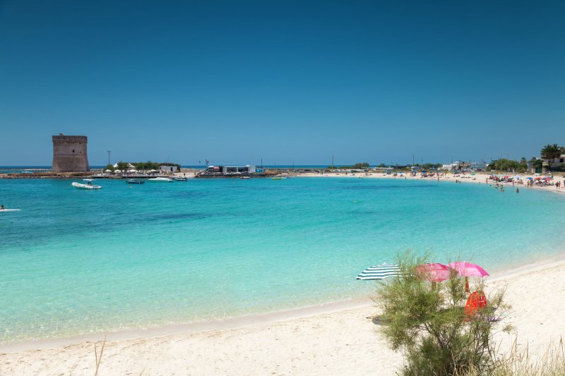 Nearby beaches are only 20 mins away with shallow waters perfect for families with children.