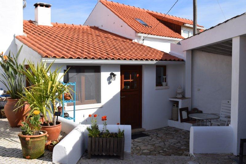 Casinha, een gezellig 2-persoonshuisje, alquiler vacacional en Turquel
