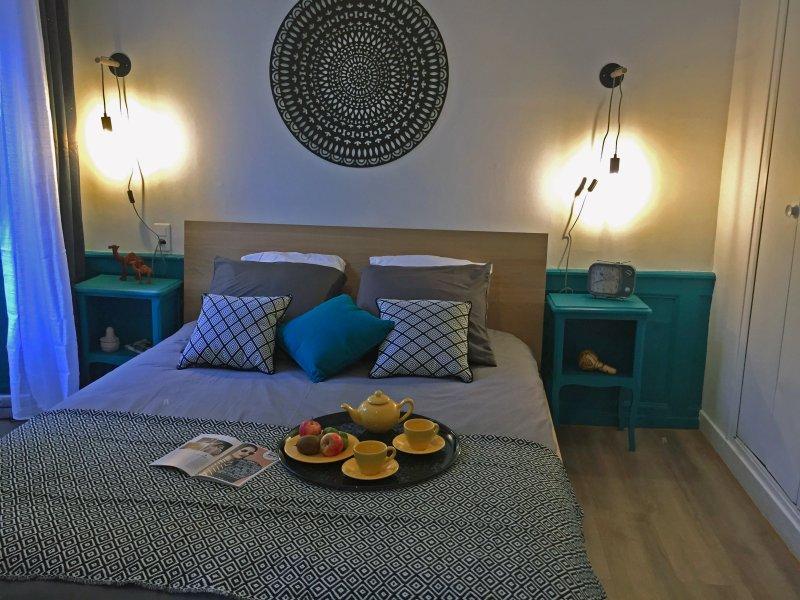 Charmant appartement rénové au coeur de la ville pour 4 pers de 50m², holiday rental in Cesson-Sevigne