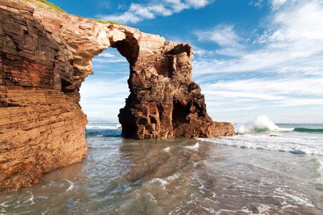Catedrais beach (113 km)