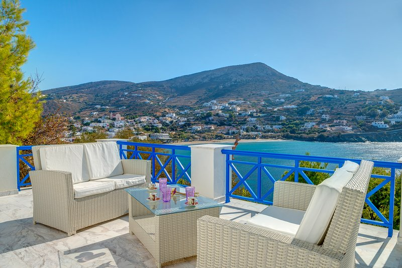 Villa Private with a Superb View, holiday rental in Kini