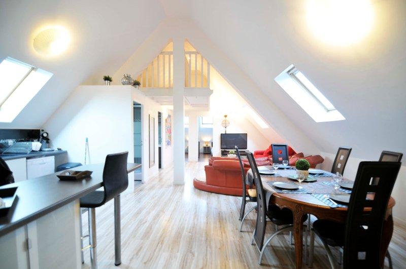 4 Creativ Appart proche Versailles 8P, vacation rental in Guyancourt