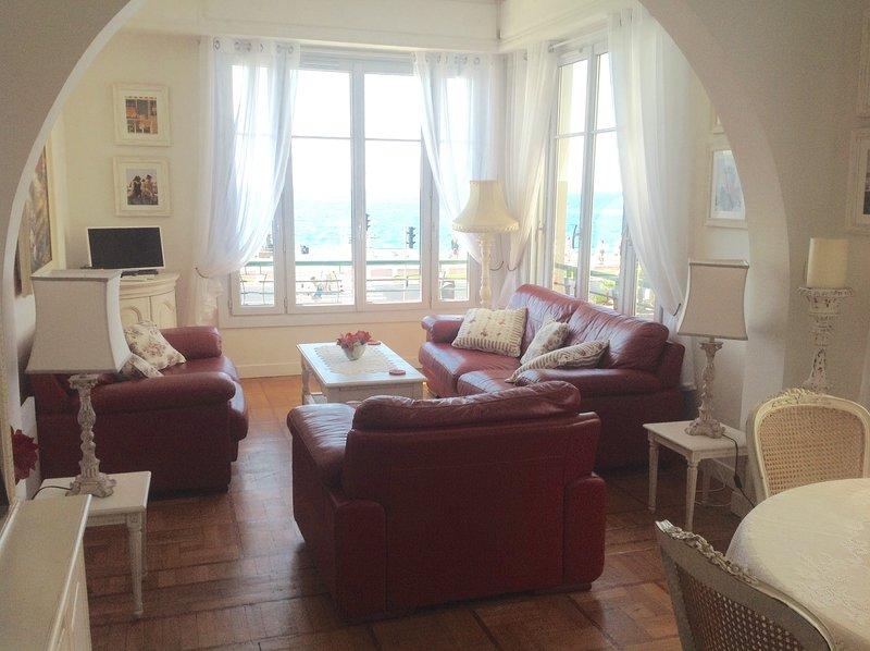 Luxurious living area with splendid sea views