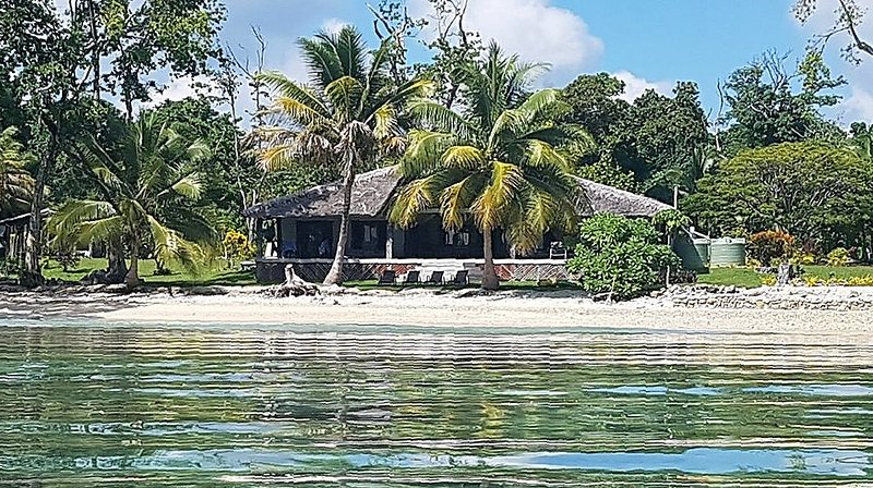 Aore Point Private Retreat Vanuatu - 5 bed Oceanfront Home (Max 8 Adults), holiday rental in Vanuatu