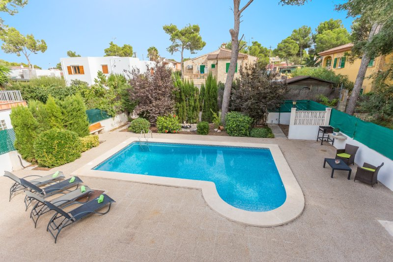 ES NIU - Villa for 6 people in EL TORO, vacation rental in Sol de Mallorca