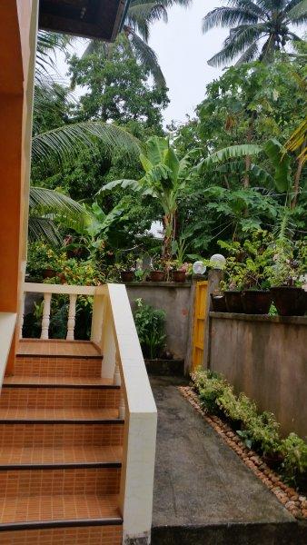 Private trap als de toegang tot het bovenste niveau van de plaats.