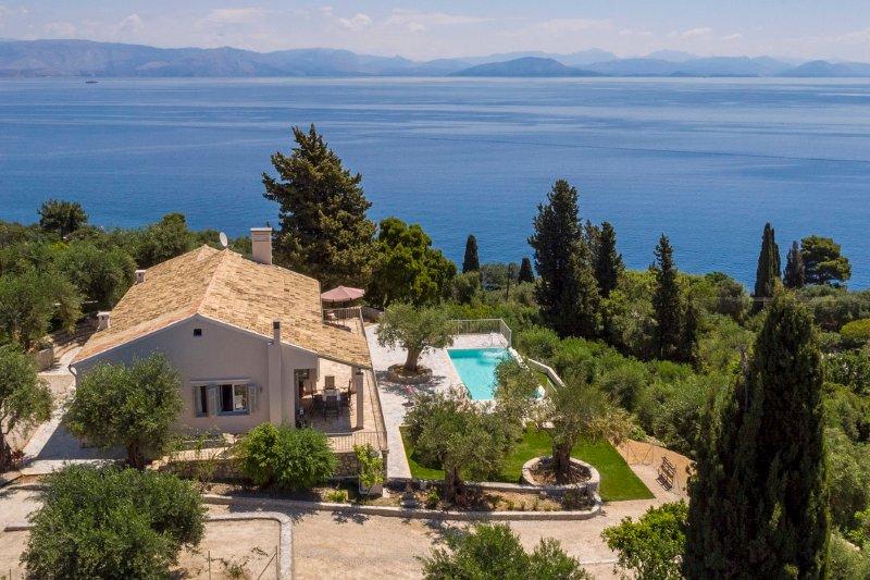 Villa Giovannina, vacation rental in Perama