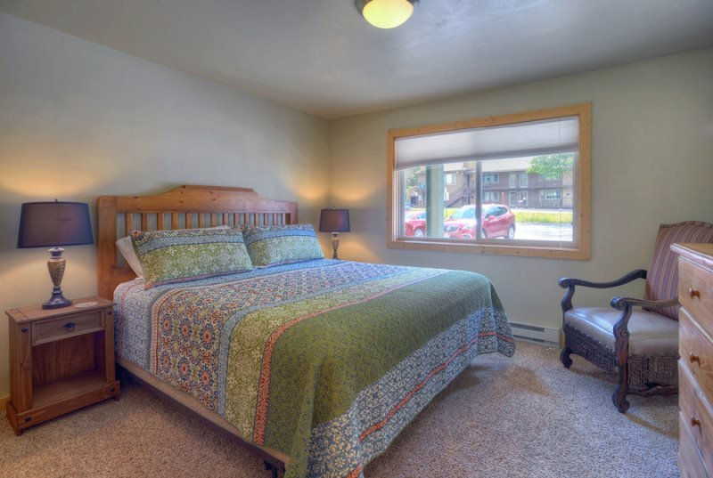 Purgatory Resort Two-Bedroom Condo Sleeps Seven, holiday rental in Durango Mountain
