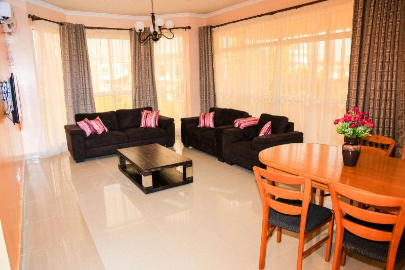 Tuliza House -  with Three Bedrooms, holiday rental in Mombasa