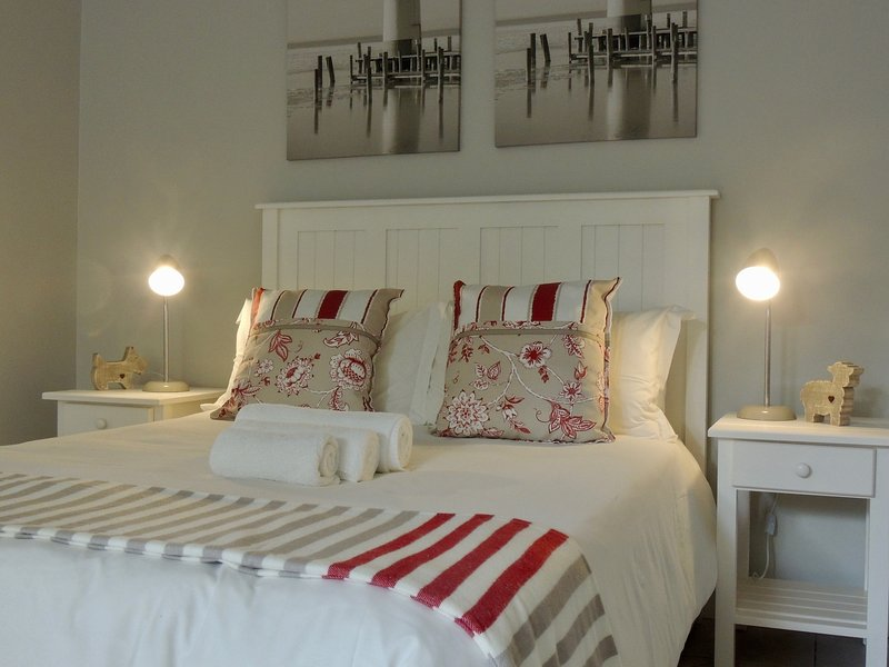 La Mer Guesthouse Double Room 2, holiday rental in Humewood