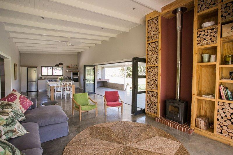 Salon avec espace extérieur / intérieur
