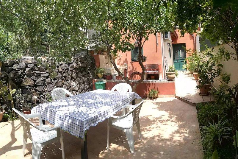 Casa e Giardino Locazione Turistica, vacation rental in San Giovanni la Punta