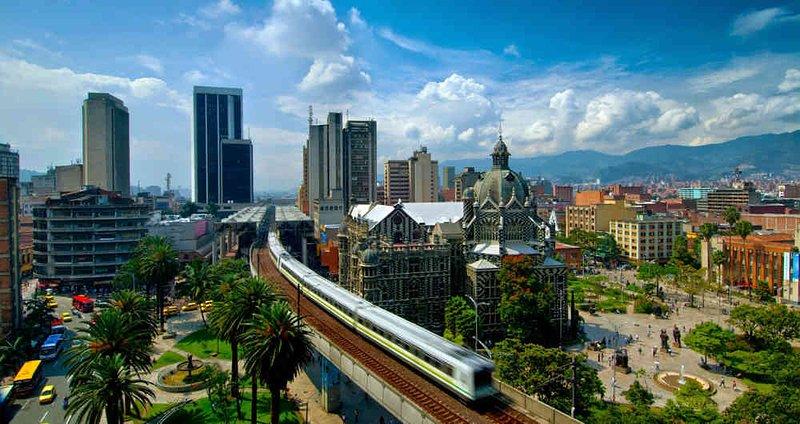 guia turistico billingue en medellin - english tourist guide in medellin, holiday rental in San Jeronimo