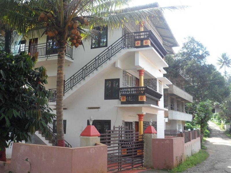 Lo SHOLAI case è situato a circa 11 km a sud est di munnar a Kunjithanny