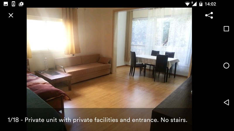Haifa - Technion: Private Rooms in a Private House, alquiler vacacional en Costa del Carmelo (Hof HaCarmel)