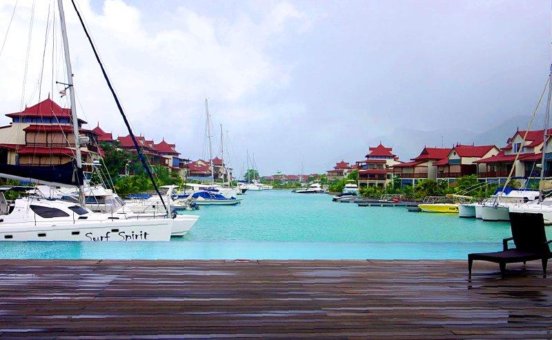 Marina Basin 1 de Eden Island Club House