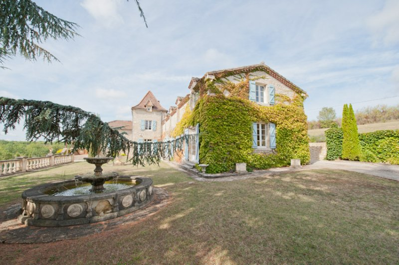 8 Bedroom Beautiful Country Manor House, Les Granels, Southern France, vacation rental in Anglars-Juillac