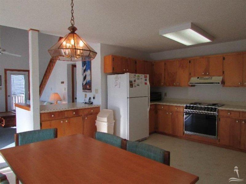 Oven,Dining Room,Indoors,Room,Floor