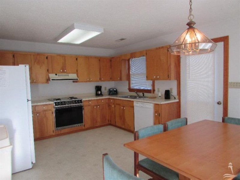 Oven,Chair,Furniture,Indoors,Room
