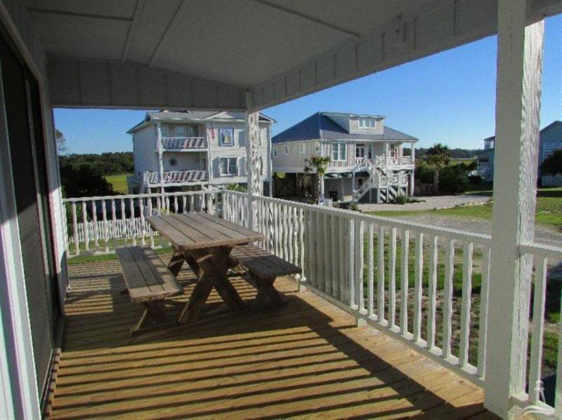Bench,Deck,Porch,Balcony,Chair