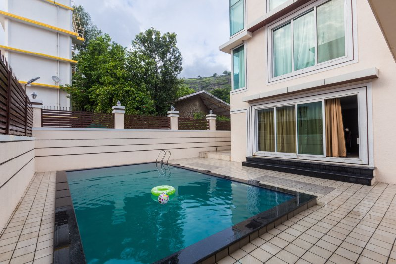 The pool is available to the guests