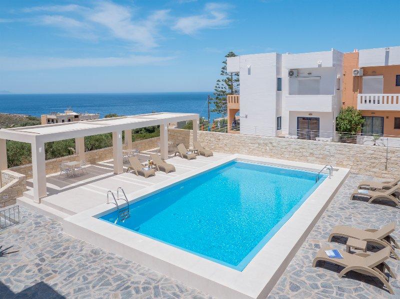Villa Alexander Spacious 2B Apartment Pool&Seaview, location de vacances à Kalathas